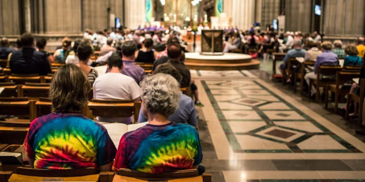 Washington Nat'l Cathedral Holds Prayer Service For LGBT Families